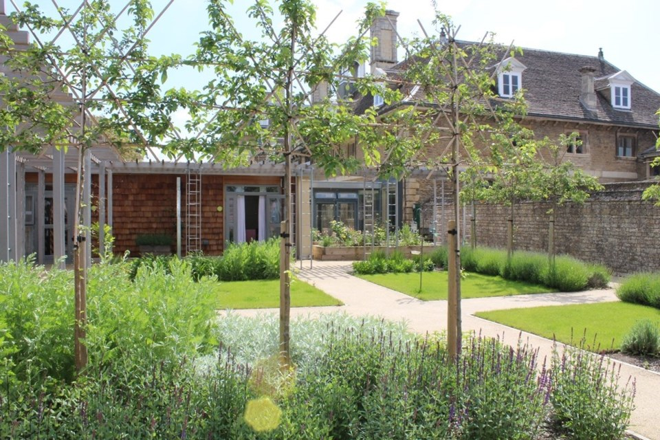 thumbnail_Sue Ryder Thorpe Hall Hospice in Peterborough